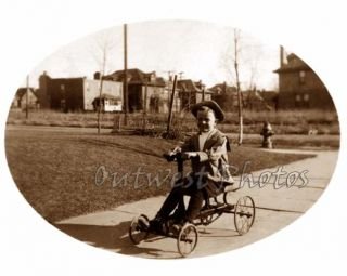 1900s Irish Mail Hand Car Boy Girl 4 Wheel Rowing Cycle Pedal Car Toy