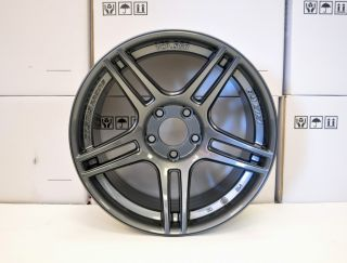 Cosmis Racing Aluminum Racing Wheels 17x9 22 5x114 SR5 Stanced